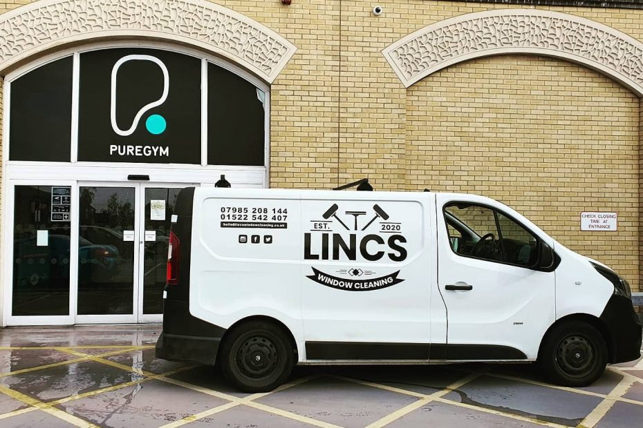 Commercial-Windo-Cleaning-Lincoln-3 - Copy