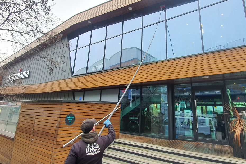 Commercial Window Cleaning Lincoln
